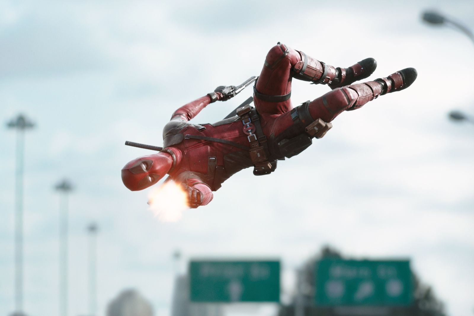 deadpool-326764l-1600x1200-n-cc4d97e3