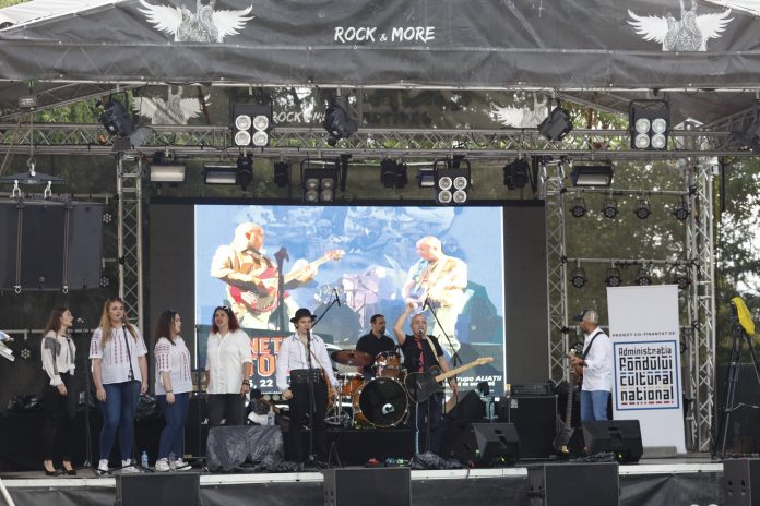 Sunetele istoriei, un proiect inedit de rock și istorie adresat liceenilor, începe în luna Iulie!